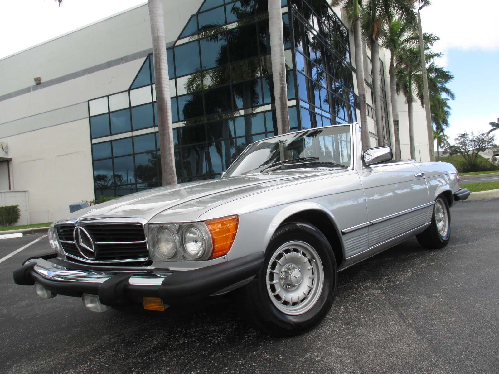 1977 M BENZ 450SL ROADSTER