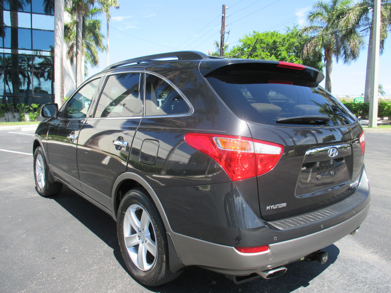 3rd row suv with great gas milage autos post. Black Bedroom Furniture Sets. Home Design Ideas